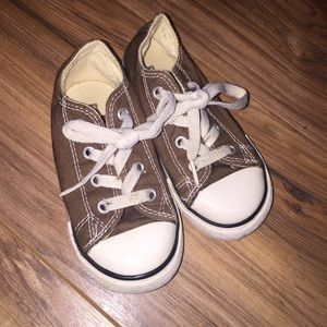 CONVERSE Toddler Baby shoes size 7